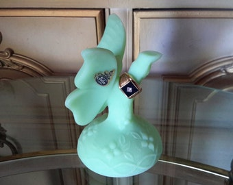 FENTON Lime Green Satin Glass Butterfly On Branch Stand Ring Holder Jewelry Holder Gift Item