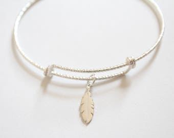 Sterling Silver Bracelet with Sterling Silver Feather Charm, Feather Bracelet, Feather Charm Bracelet, Feather Pendant Bracelet, Feather