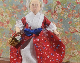Martha Washington Colonial America Presidential Collectible Figurine First Lady