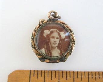 Antique Picture Locket Pendant w/ 3 Photos - Outside & Inside Photo Areas