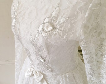 Vintage Lace 1960s Wedding Dress White Silver Roses