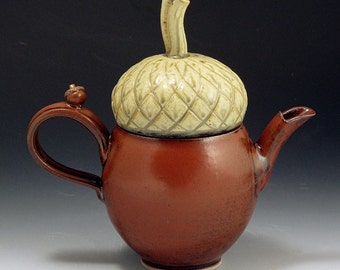 Hand Thrown, Stoneware, Acorn Teapot, SHIPPING INCLUDED