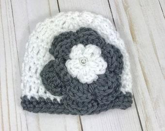 Crochet premie hat, baby girl hat, crochet baby hat, premie hat, crochet hat with flower