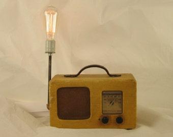 40's Philco Radio Lamp