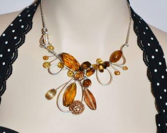 collier sculptural sur fil aluminium ajustable brun doré/golden rown adjustable sculptural necklace