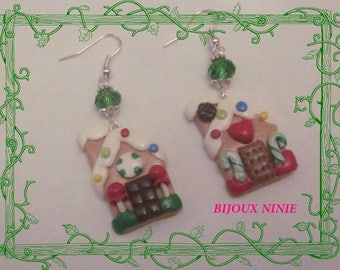 Earrings in polymer clay gingerbread house cookie