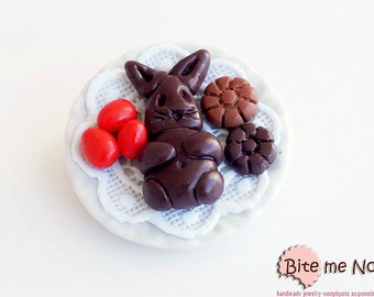 Choco Bunny Easter Brooch, Polymer clay Sweets, Mini Food, Kawaii Jewelry, Food Jewelry, Miniature Food