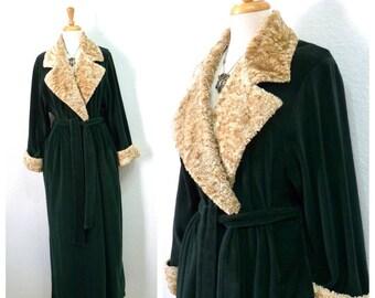 Vintage Diamond Tea Green Velour Robe Hostess Gown loungewear Beige Collar Wrap Maxi Kimono Robe M/L