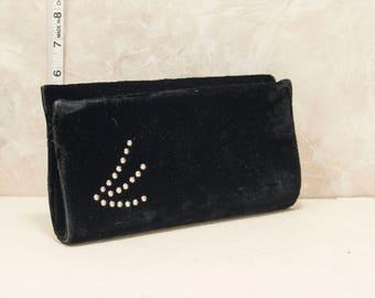 1960s black velvet clutch w/rhinestone accent. Chic, handbag, purse, retro, vintage