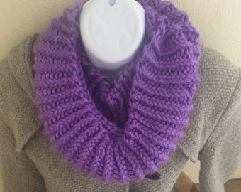 Purple Infinity Scarf, Knitted Scarf, Chunky Scarf, Knitted Cowl, Circular Scarf, Winter Scarf, Winter Accessory, Womens Scarf