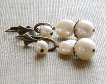 Rustic Jewelry Pearl Drop Earrings Freshwater Pearl Bridesmaid Earrings Rustic Wedding Jewelry Bronze Brass Jewelry Pearl Jewelry