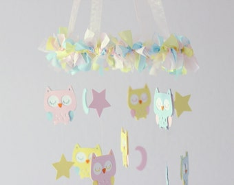 Owl Nursery Mobile in Pastels- Baby Mobile, Baby Shower Gift