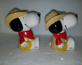 Vintage Pair Ceramic Cowboy Snoopy Bookends 1966