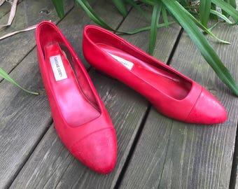 Vintage Mid Century Red Retro Carriage Court Shoe Size 9 Low Heel Pumps 1960s