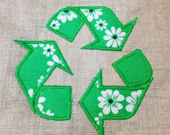 Recycle symbol machine applique and embroidery design -  2 different versions and four sizes.