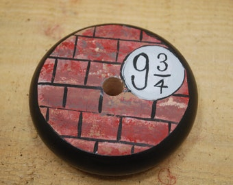 platform 9 3/4 drop spindle, handpainted and handcrafted