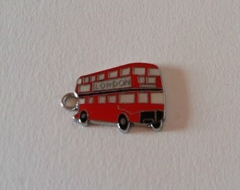 5 Red london bus charms / bulk enamel bus charm / london bus charm / red bus charm / double-decker / bus pendant / bus finding / london / UK