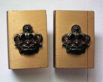 Matchbox Holders with Royal Crown Emblem - 5404