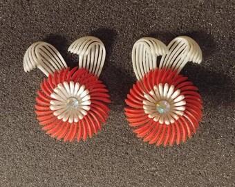 GROOVY - Plastic and Rhinestone Earrings