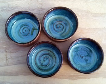 Stoneware ramekin with sea blue glaze interior