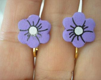 "Play Earring - Clip - Flower - Painted Wood - Purple - 1/2"""