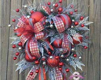 Red & Silver Christmas Wreath, Christmas Wreath, Holiday Door Wreath, X-Large Wreaths, Holiday Wreath, Winter Wreath, Christmas Wreaths