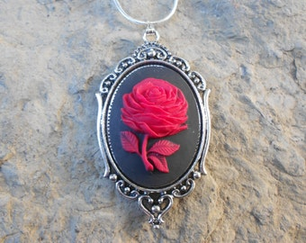 """Stunning Red Rose Cameo Pendant Necklace---.925 plated 22"""" Chain--- Great Quality!! 2"""" Long"""