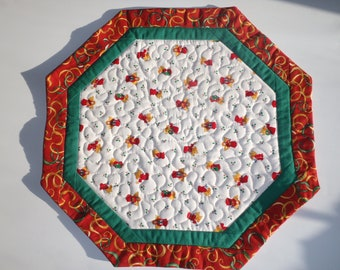 Quilted Christmas Table Topper (large)