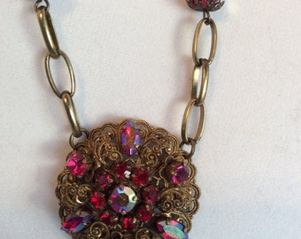 Antique Gold with Beautiful Vintage Fuschia Pendant