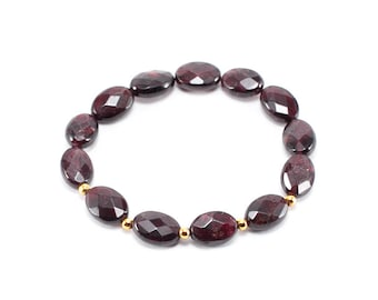 Oval Multifaceted Gemstone Bracelet