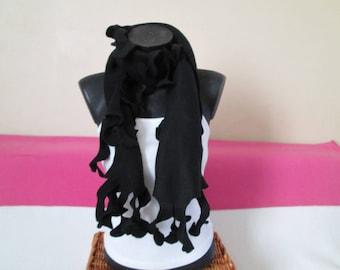 Women black ruffled fleece scarf