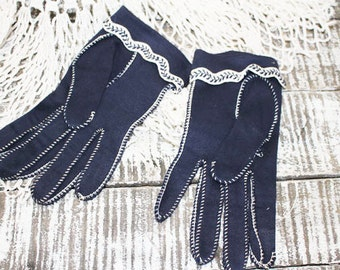 Vintage Navy Gloves with top stitching, Church Gloves, size 7 gloves
