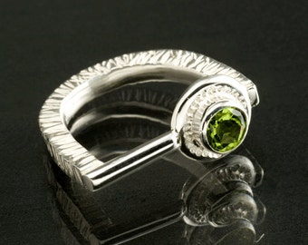 Textured Sterling Silver Ring with a 6mm Bezel set Peridot