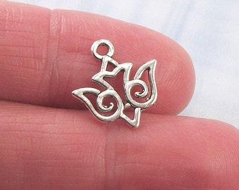 10 Dove Bird charms, 16x12mm, antique silver finish