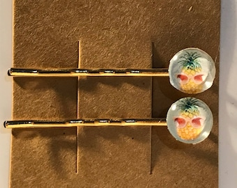 Cool pineapples with glasses on gold Bobby Pin Set