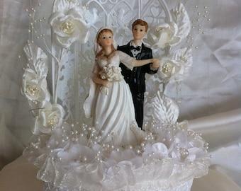 Bridal top cake, Wedding cake topper / Wedding table center decor / wedding doll / wedding decor/  home decor READY TO SHIP by Narelo