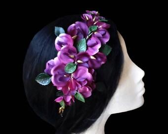 Flower comb. Bridal comb. Wedding comb. Purple flower comb. Orchid comb. Flower headpiece. Orchid headpiece. Orchid comb. Bridal headpiece.