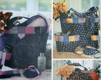 Tote Sewing Pattern - Purse Sewing Pattern - Clutch Sewing Pattern - Cellphone Case Sewing Pattern - New - Uncut - Simplicity 5606