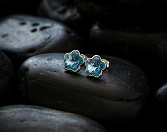 Sky Blue Swarovski Crystal Daisies