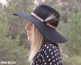 Cowboy hat band with feathers