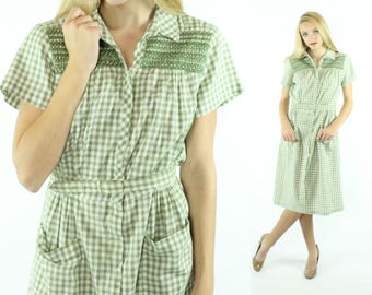 Vintage 50s Day Dress Green White Gingham Checked Short Sleeve Pockets 1950s Medium M Large L Pinup Rockabilly Step-n-Go