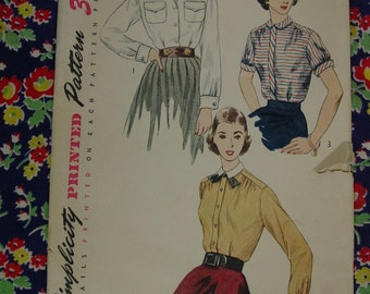 Vintage Pattern 1951 Simplicity No.3656 Blouses Size 16