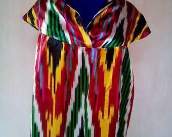 Uzbek vintage silk ikat dress. Traditional dress Kuylak