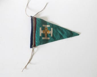 Vintage Rare SCOUT French small Flag Banner pennant collectible