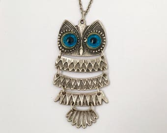 Vintage Large Articulated Owl Necklace.