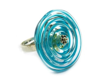 Spiral ring, turquoise filigrana lampwork glass bead