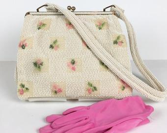 Vintage 1950s Lumured Beaded Embroided Pink Rosebud Handbag
