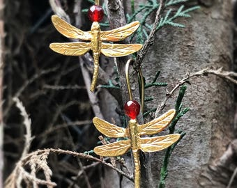 Gold-plated dragonflies earrings. Dragonfly Earrings. Dragonfly Earrings Silver bath in gold.