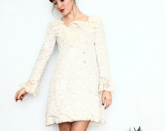 60s dress / 1960s cocktail dress / 60s wedding dress / lace mini NYE dress ( small )