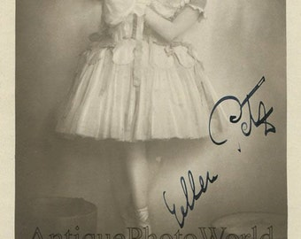 Ballerina choreographer dancer Ellen Petz antique hand signed ballet photo pc
